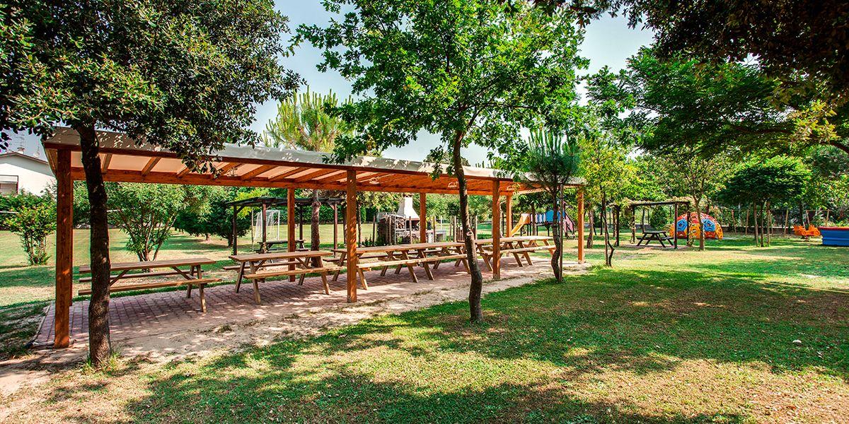 Area pic nic ombreggiata - Aparthotel Costa Paradiso Lido Adriano - Aparthotel Costa Paradiso Lido Adriano